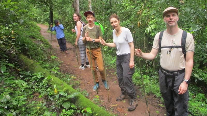 Join-in trekking