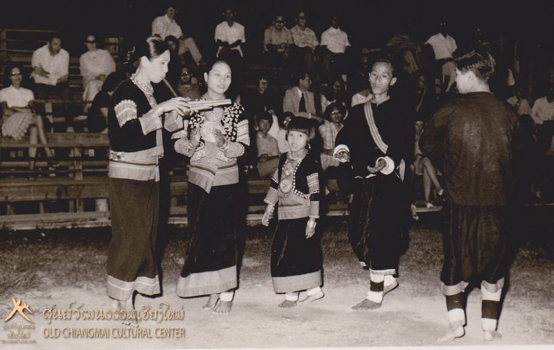 Lahu hill tribe dance, Old Chiang Mai Cultural Center.