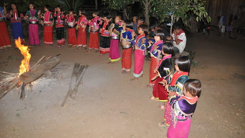 Groups of Palong children posing
