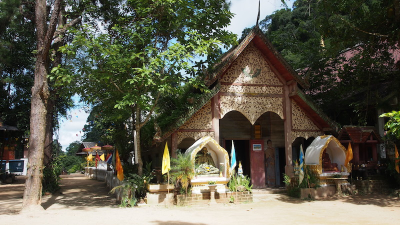 Village temple in Mae Kampong