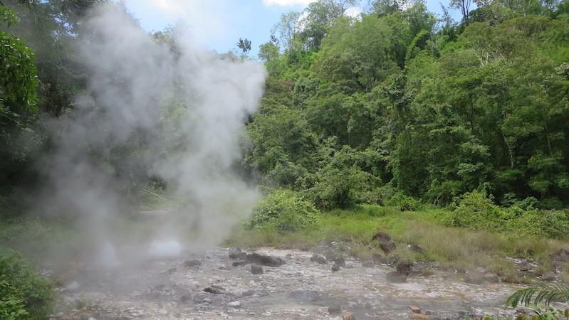 Hot springs and steam Huay Nam Dang