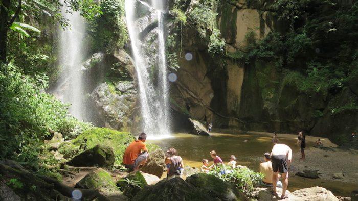 Mork Fah Waterfall Huay Nam Dang trekking