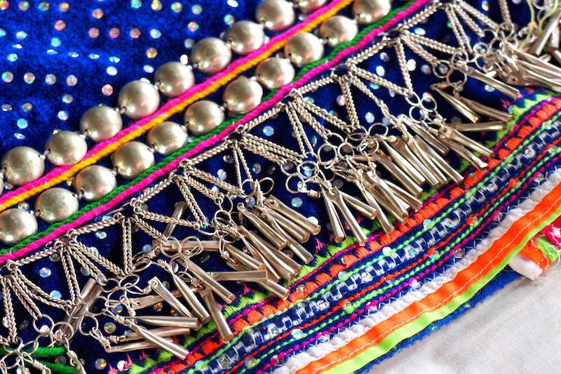 Beading of Palong people