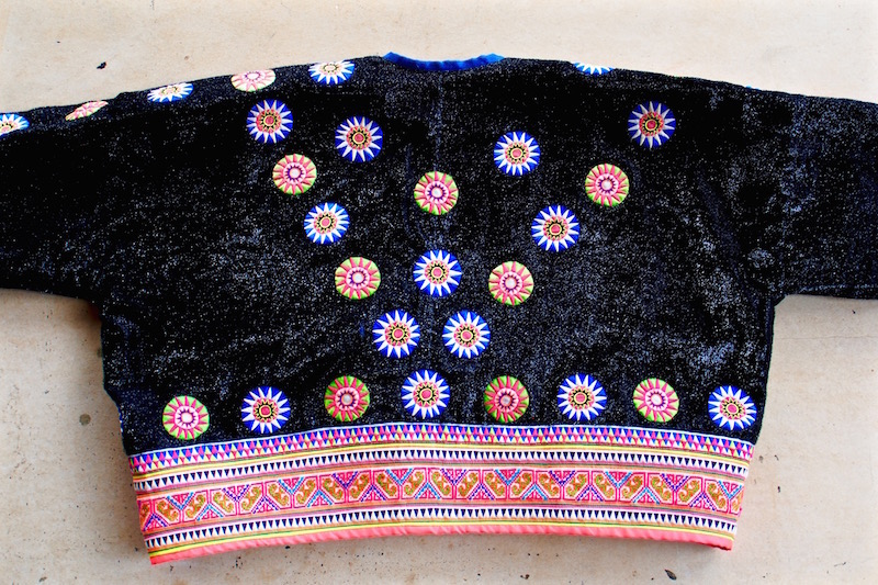 Male jacket of the Hmong people