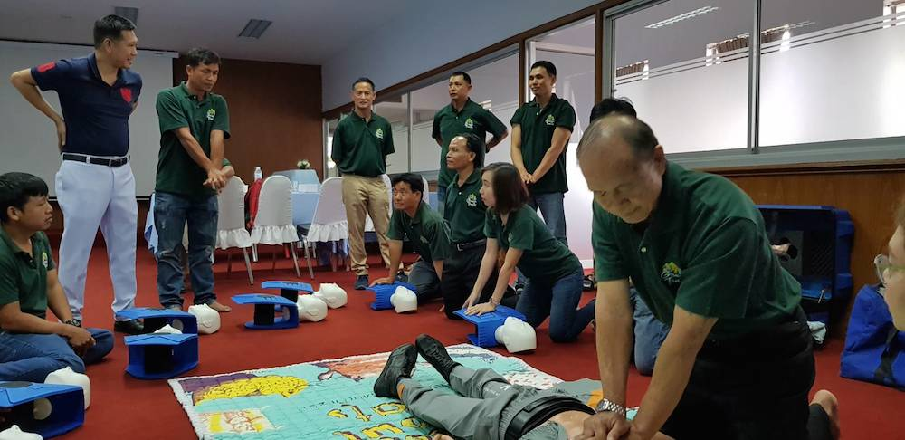 First Aid course Reanimation practice