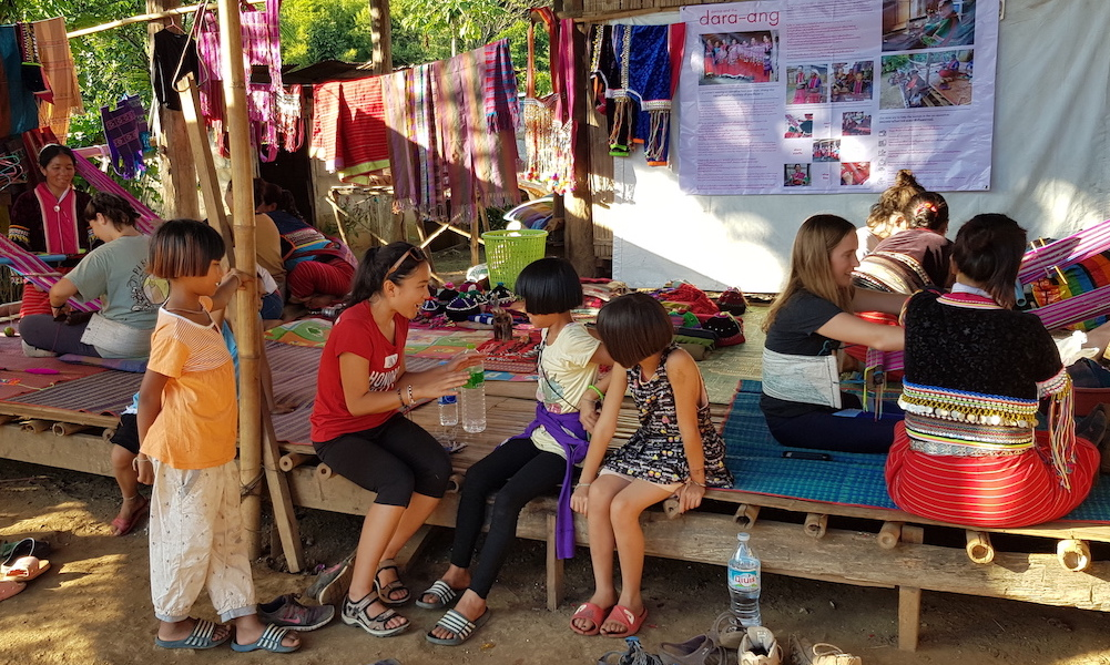 Tourists Chiang Dao Weaving project