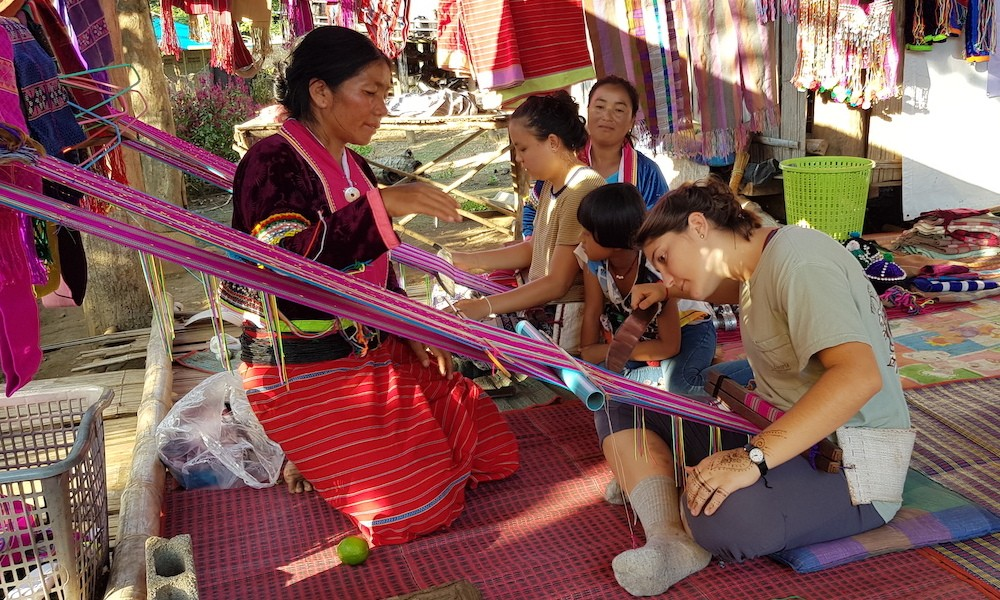 Chiang Dao Dara-Ang weaving project Tribal Textile Weaving Palong Hill Tribe