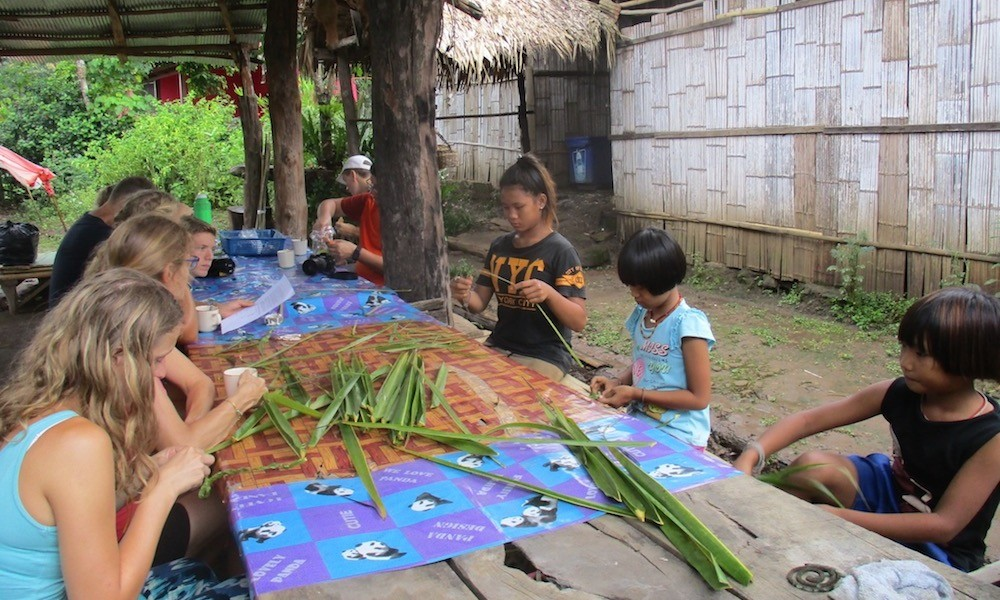 Palong village Making a souvenir during family trekking