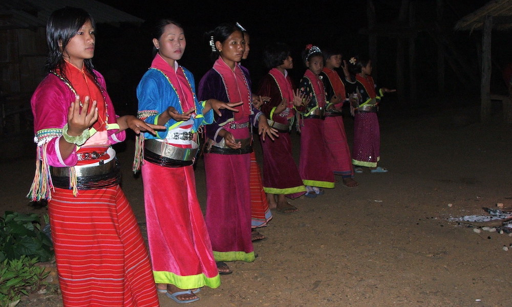 Children Palong dance Chiang Dao