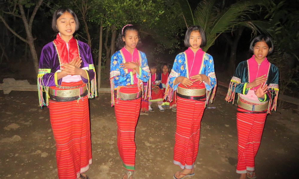Dance of four Palong girls