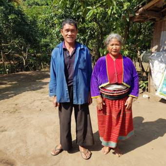 Palong couple Lung Chai and Tui Chiang Dao