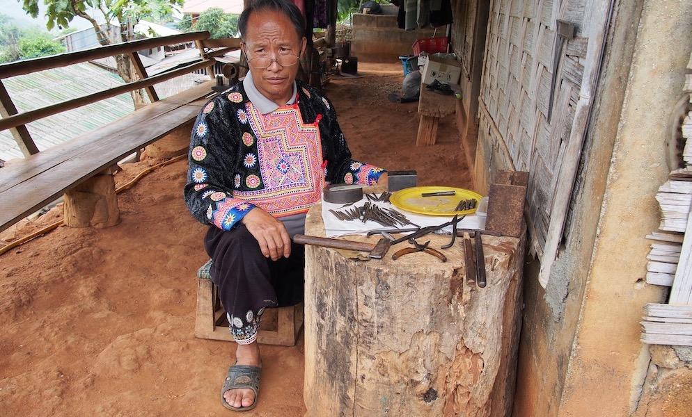 Sowmee silversmith Ban Mae Sa Mai