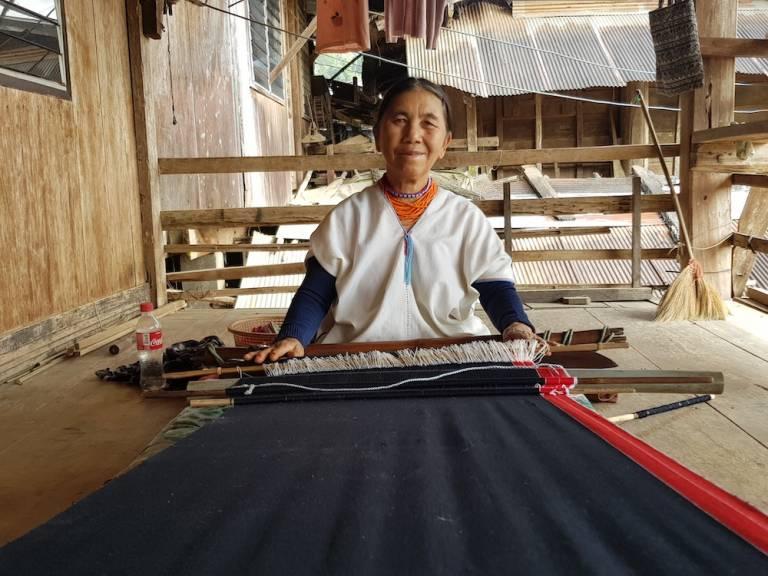old Lawa woman weaving Ban Pa Pae