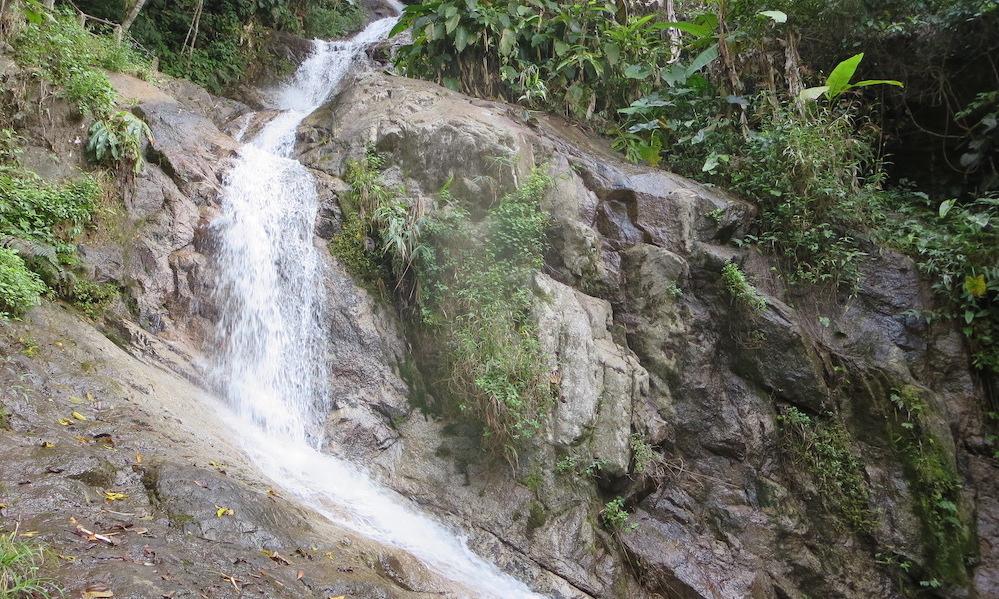 Mae Kampong waterfall Chaeson NP